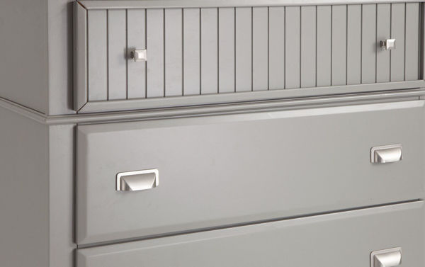 Picture of SPENCER GRAY CHEST - SP400