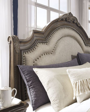Picture of CHATEAU KING BED - B803